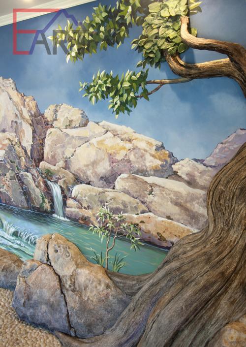 Барельеф дерево и камень. Фрагмент