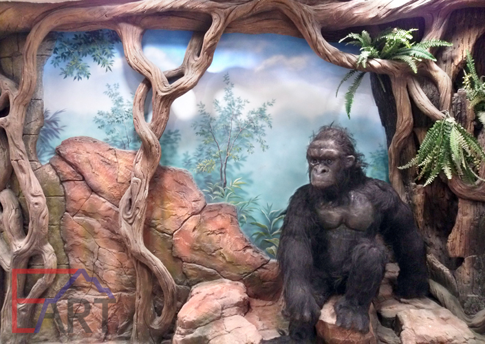 Пейзажная роспись на стене в контактном зоопарке