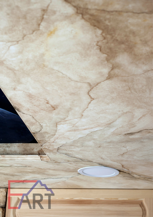 Роспись потолка. Имитация мрамора.